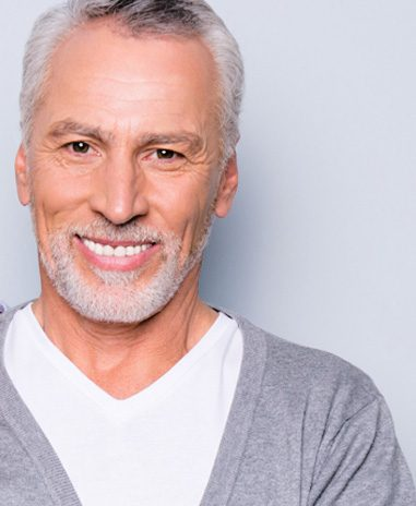 clinica dental aviles sonrisa con dentadura All in Four