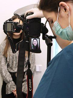 Brezo haciendo un estudio de ortodoncia Invisalign en Avilés