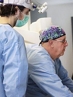 Instalaciones de la Clínica. Especialistas en implantes, ortodoncia Invisalign y estética dental. Dentistas en Avilés.