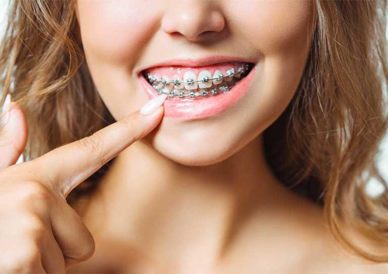 inflamación de encías. Dentista en Avilés. Suárez Solís